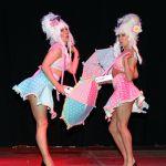 Strippers op erotica beurs in Maastricht