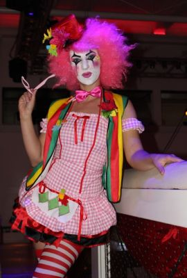 Clown striptease