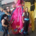 Entertainment tijdens de roze maandag in Tilburg