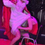 Sinterklaas en zwarte Piet striptease