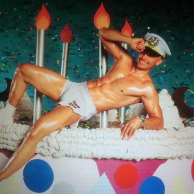 Stripper Kevin voor de foto shoot van LINDA magazine
