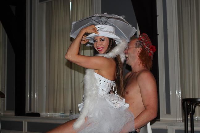 Vrouwelijke stripper in Breda